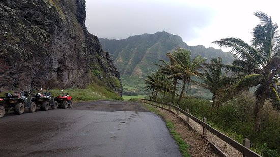 Kaneohe, Havaí: It can be rainy in the area, suggest taking a rain jacket. But AWESOME!