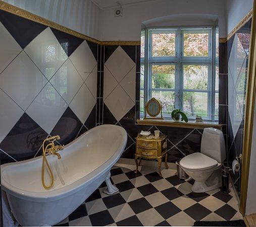 Praestoe, Denmark: Bathroom