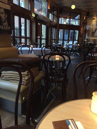 Cafe Morville: Lækker kakao i hyggelig omgivelser.