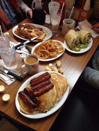 Oshawa, Canada: Birthday Brunch Feast.