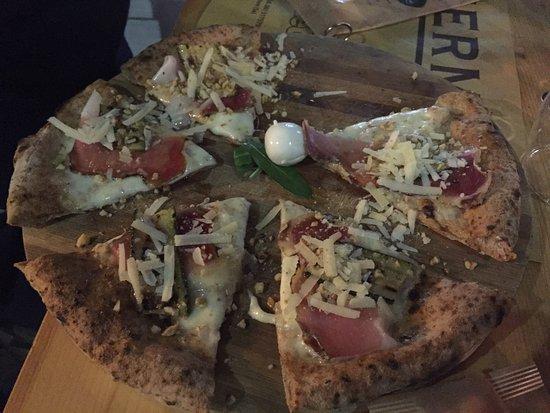 WIP Burger & Pizza: Ottima pizza a nocera!