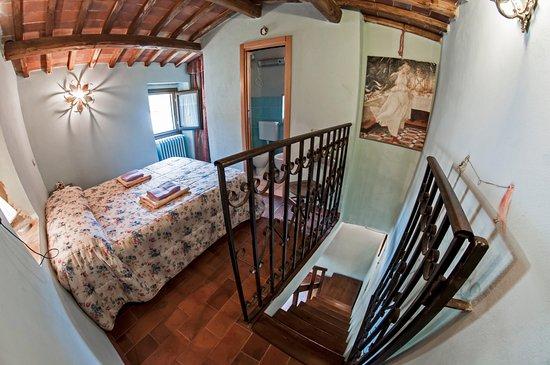 Vernio, إيطاليا: Camera matrimoniale Casa Cipriani
