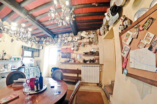 Vernio, إيطاليا: Stanza degli ospiti