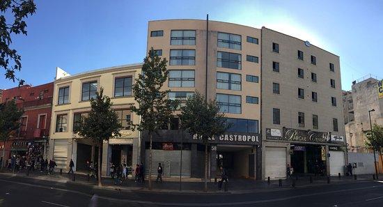 ホテル カストロポル