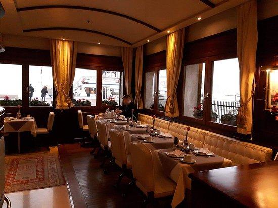 Hotel Bucintoro: Double room with lagoon view View from double room with lagoon view Breakfeast buffet