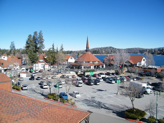 ‪Lake Arrowhead Village‬