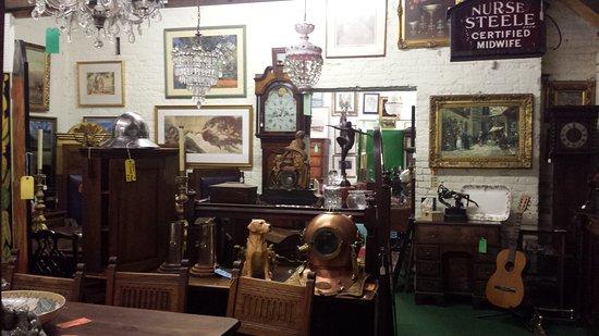 Budby Antiques & Vintage Emporium
