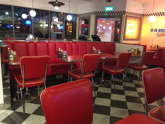 South Mimms, UK: Ed's Easy Diner