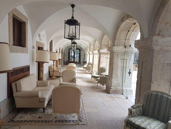 Pousada de Palmela Historic Hotel: Claustros - zona do bar
