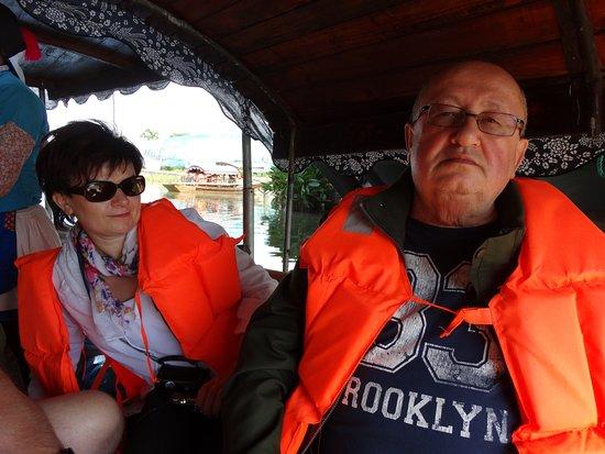 Luzhi Ancient Town: Moje foto z łodzi podczas rejsu.