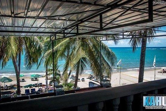 Kahuna's Restaurant and Bar: vue paradisiaque. vous ne pouvez pas etre mieux situer :)