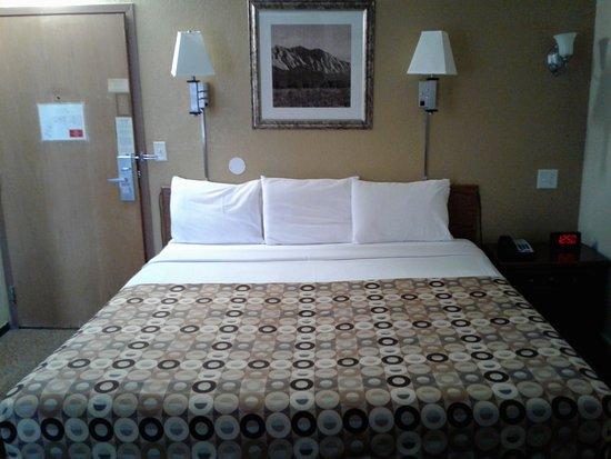 Red Carpet Inn Bild