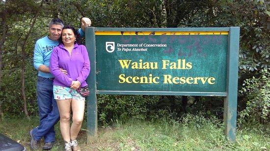 Coromandel Peninsula, New Zealand: A la entrada de Waiau Falls