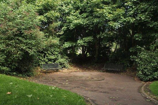 Carrickfergus, UK: Seating.