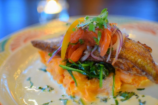 Cafe Ena: Red Snapper (dinner) over red pepper mashed potatoes, cilantro butter sauce, fresh tomato relish