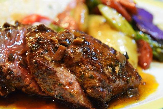 Cafe Ena: Carne la Brava (dinner) Petite tenderloin, duo pepper risotto, asparagus, potatoes, rioja demi g