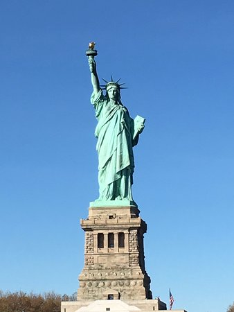 a review of the interesting story of the statue of liberty national monument in the us New york's statue of liberty was a gift of international friendship from france to the united states, and is one of the most universal symbols of democracy  statue of liberty national.