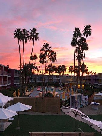The Saguaro Palm Springs: The Saguaro at sunrise.