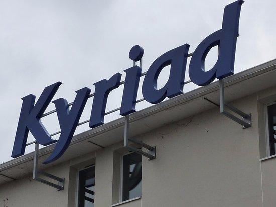 Kyriad Rouen Sud - Val de Reuil : Extérieur