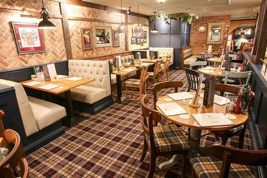 Kingslodge Hotel: Dining areas