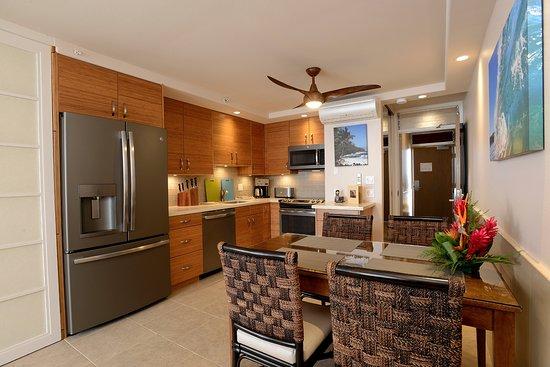 Mana Kai Maui: Newly Renovated Kitchen Area