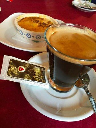 Kaffe och Cremé Brullé