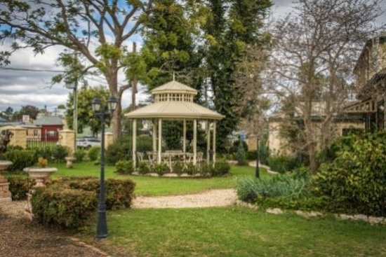 Aberdeen, Australia: Gazebo - beautiful area to enjoy a light lunch
