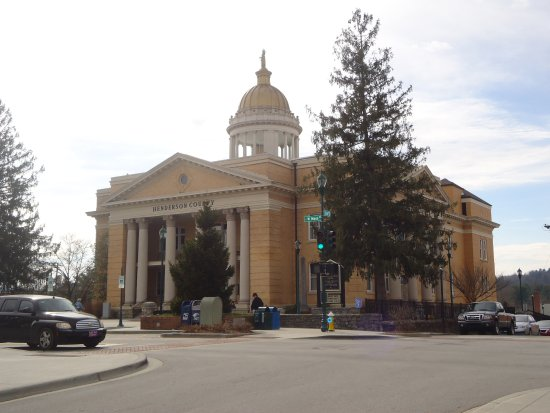 Hendersonville, NC: Henderson County Courthouse