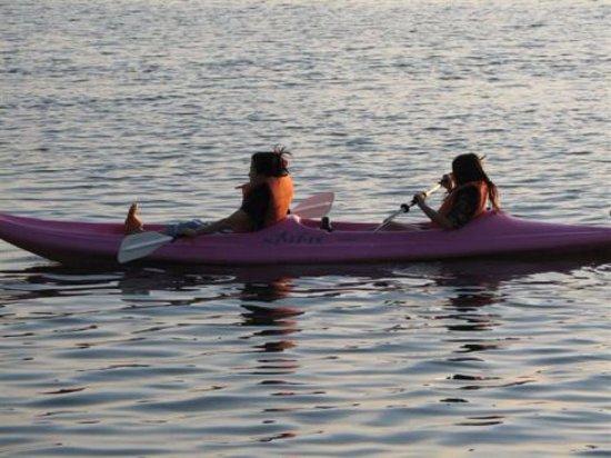 Gore Bay, Канада: motor boat, kayak, canoe, paddle boat