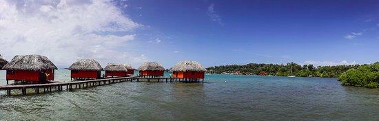 Eclypse de Mar: vista de la cabaña de recepcion y restaurante