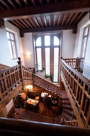 La Souterraine, France: Classic woodwork, lovingly restored.