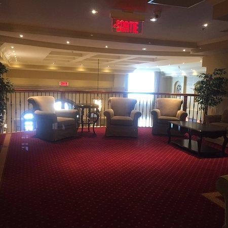 Hotel Brossard: Super bel hotel!