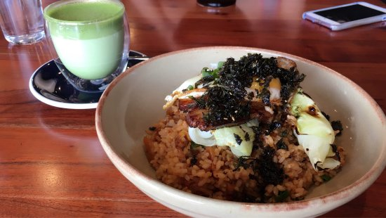 Bayswater, Australia: Delicious kimchi fried rice and matcha latte