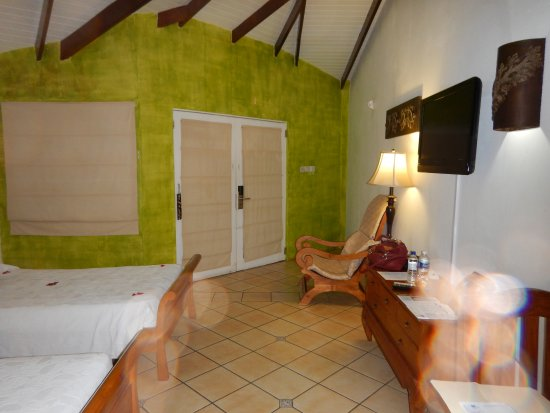 True Blue Bay Boutique Resort: Std Double Room #1