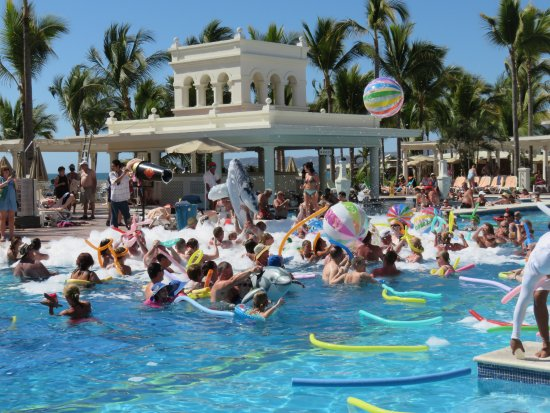 Fun at foam party picture of hotel riu palace pacifico nuevo hotel riu palace pacifico photo altavistaventures Choice Image