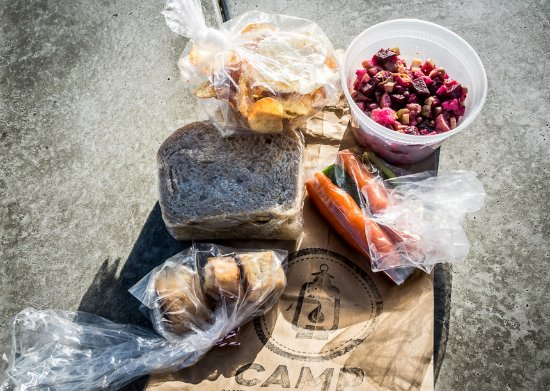 Elkwater, Canada: Our bagged lunch for $11
