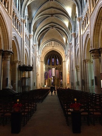 Katedral Lausanne: inside