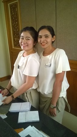 Kantary Bay, Phuket: Smiles and more smiles