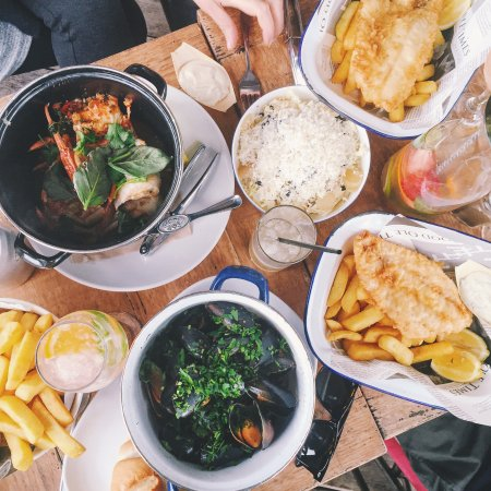Woy Woy, Australia: Fish & Chips, Crab and Mussels
