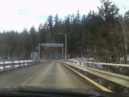 Cascade Locks, OR: Almost to Washington