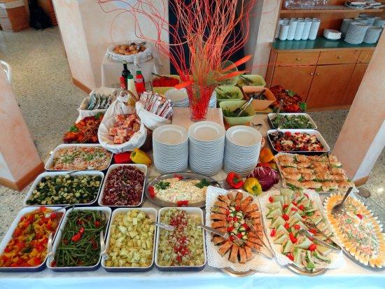 Duna Verde, Italia: cena: il buffet di antipasti