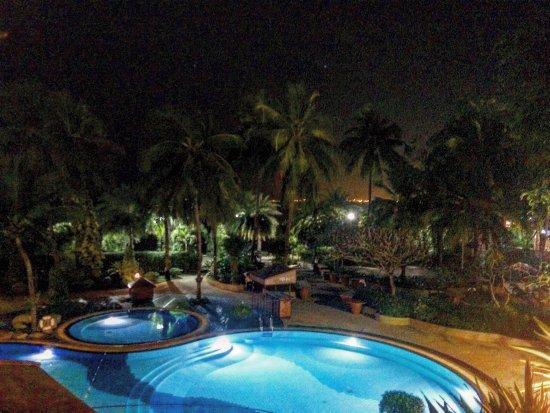 Cholchan Pattaya Resort: photo0.jpg