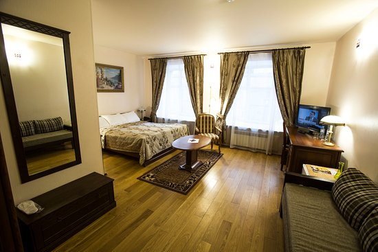Prestige Hotel: Номер категории Джуниор Сюит.