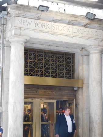 New York Stock Exchange Door & Door - Picture of New York Stock Exchange New York City - TripAdvisor pezcame.com