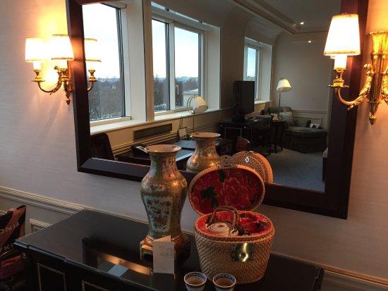 Shangri-La Hotel Paris: シャングリ・ラ ホテル パリ