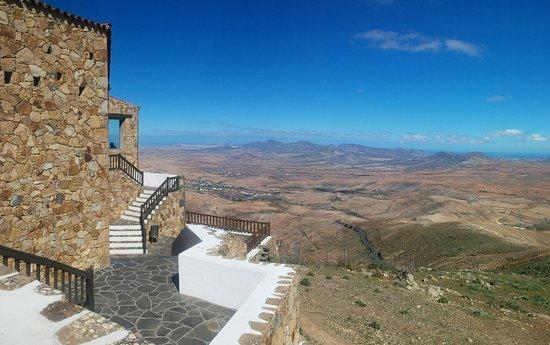 """Natoural Adventure : Anello di Betancuria... panorama dal museo """"Mirador Morro Velosa"""""""