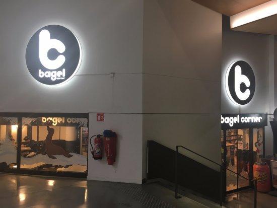 Bagel Corner: Nous sommes à l'intérieur de Bonlieu