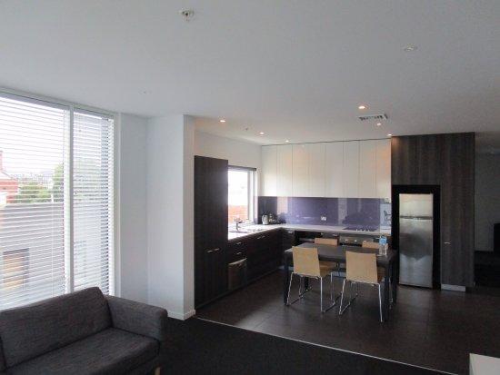 Tyrian Serviced Apartments : photo1.jpg