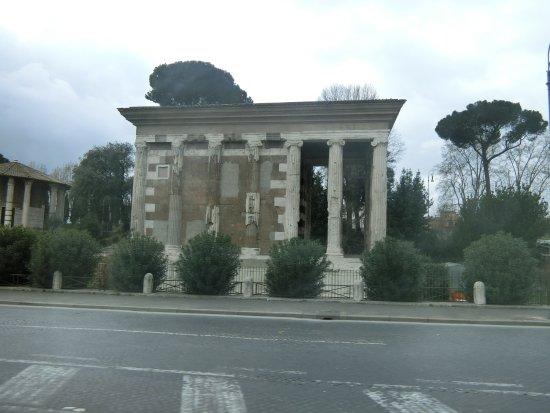 Tempio di Portuno: ポトゥルヌス神殿