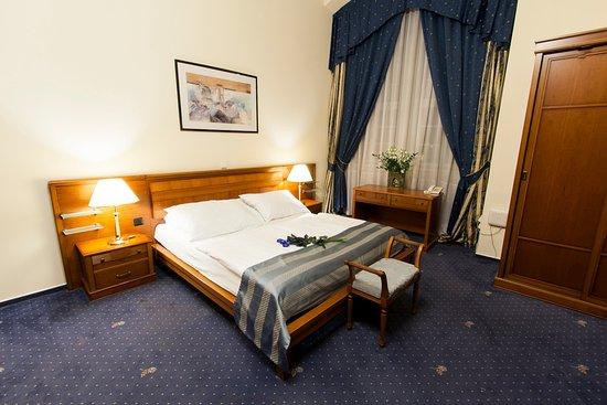 Hotel Modra Ruze Hotel
